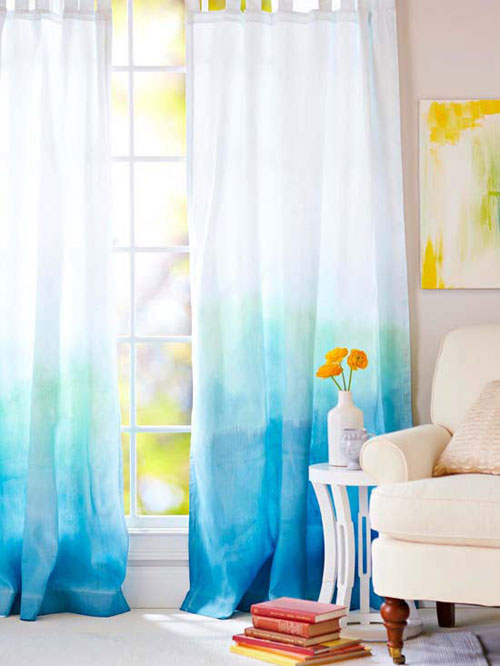 curtains in Ombre style