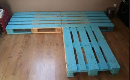 How to make a bed from pallets